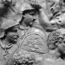 Scene 66/LXVI: Close-up detail of Roman soldiers rushing headlong into battle.