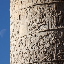 Scene 50/L: Top spiral: Trajan receives a messenger above a scene of battle (corresponding to Cichorius Scenes 49-50). Lower spiral: Roman soldiers ride over fallen Dacians (corresponding to Cichorius secenes 40-41) .