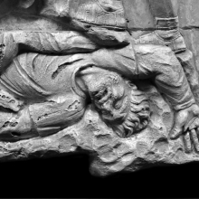 Scenes 71/LXXI:  Detail of a fallen Dacian warrior.