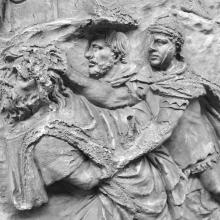 Scene 18/XVIII (detail): Roman soldiers bring a captive Dacian to the emperor. Cast in the Museo della Civiltà Romana, Rome. Compare: Cichorius Plate XV, scene 18. Ref: RBU 2011.6961